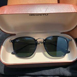RAY BAN Green Classic G-15 Square Sunglasses BLACK